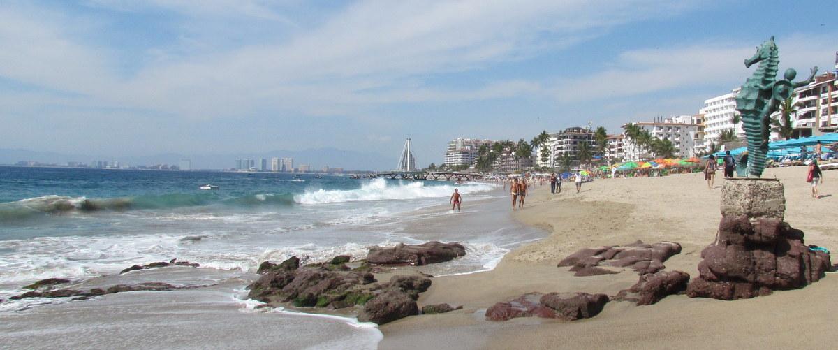 Puerto Vallarta Los Muertos Beach